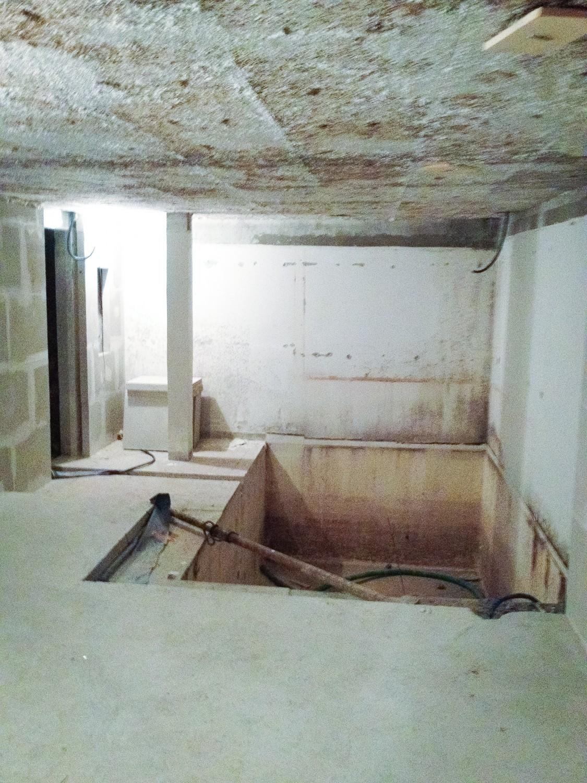 cr ation d 39 un spa carrel int rieur sur courchevel courchevel piscines concept. Black Bedroom Furniture Sets. Home Design Ideas